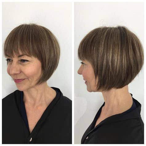 rounded bob haircut pictures women s short rounded classic bob with fringe and highlights