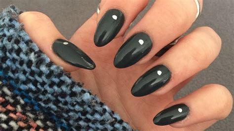 almond nails look of almond nails and 28 stunning almond shape nail design ideas the trend spotter
