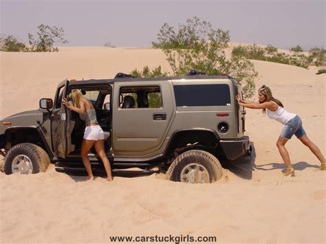 jeep wrangler girls hummer h2 jeep wrangler girls dunes stuck