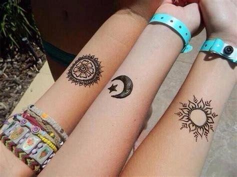 wie macht man henna tattoo selber wie nennt diese zeichen im allgemeinen zeichen