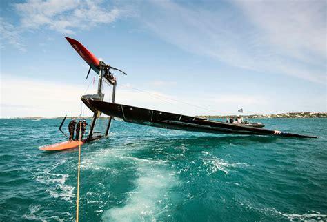 catamaran capsize oracle team usa capsizes 45 foot catamaran in bermuda