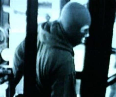 con rapine in orani rapina in un supermercato bottino da 400