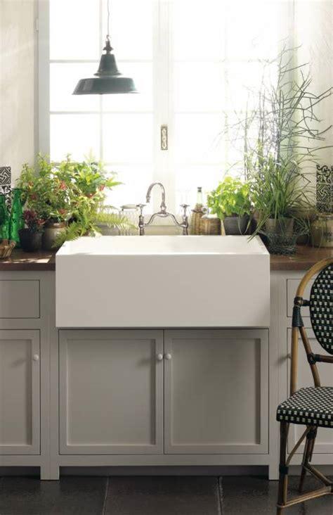 corian farmhouse sink kitchen dupont corian 174 solid surfaces corian 174