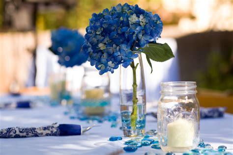blue hydrangea centerpiece diy blue hydrangea centerpieces