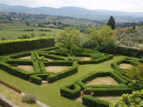 giardino all italiana file villa di maiano giardino all italiana 02 jpg