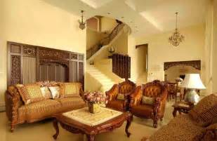 Light Yellow Living Room by Pale Yellow Walls And Antique Furniture In Living Room Europe
