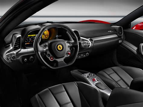 ferrari  italia interior  wallpaper