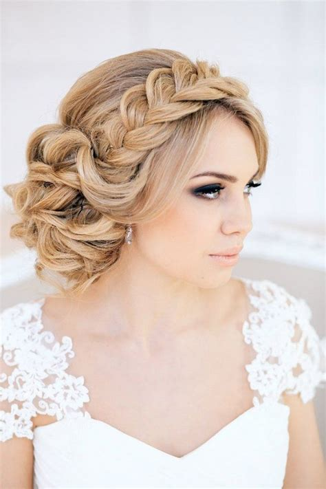 Wedding Hairstyles Crown by 20 Trendy And Impossibly Beautiful Wedding Hairstyle Ideas