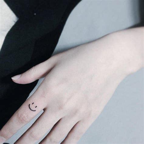 八公举 30张 手指纹身 看完就想去纹身了 时尚 腾讯网