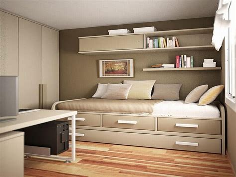 mobile home small bedroom ideas choosing furniture for small mobile small bedroom decor ideas brown laminated bed frame