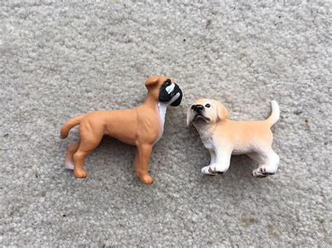 golden retriever puppies ebay lot 2 model dogs puppies schleich safari golden retriever boxer animals ebay