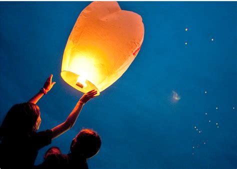 costo lanterne volanti giovane di acerra muore per far volare una lanterna cinese