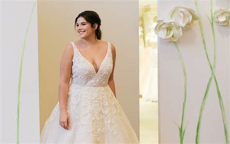 Bridesmaid Dress Fitting Near Me - kleinfeld bridal the largest selection of wedding