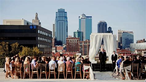 Wedding Planner Kansas City by Hallmark Weddings The Westin Kansas City At Crown Center