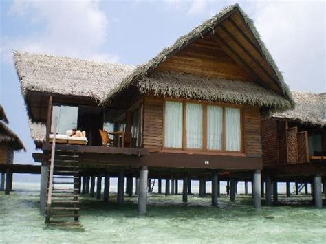 house over water prefab bungalow homes houses over water bungalow key west overwater bungalows interior designs
