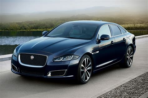 2019 Jaguar Sedan by 2019 Jaguar Xj50 Sedan Uncrate