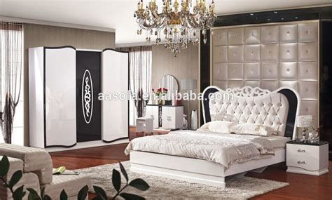 how to place furniture in a square bedroom home delightful