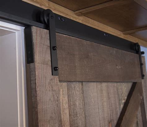 Barn Door Construction How To Build Sliding Barn Door Home Construction Improvement
