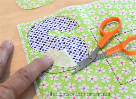 how to sew applique sewing machine applique the seasoned homemaker