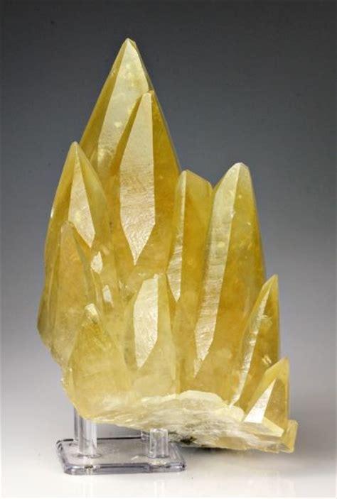 solar plexus crystals yellow calcite solar plexus chakra channeling energy