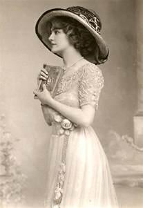 1900s womens fashion in the edwardian era vintage