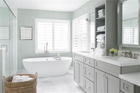 mixing metals in the bathroom 101 chris loves julia 5 essentials for a dreamy and airy bathroom the
