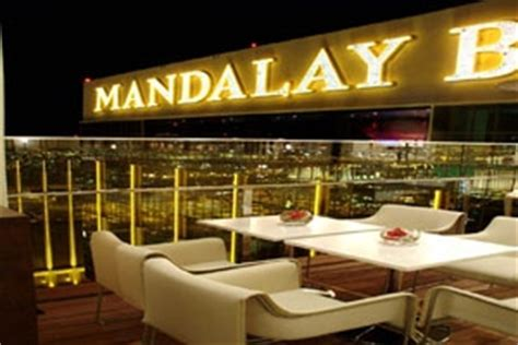 bar at top of mandalay bay las vegas top rooftop bars