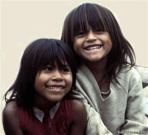 imagenes de niños indigenas jugando seis ni 241 os ind 237 genas mueren de malnutrici 243 n en argentina