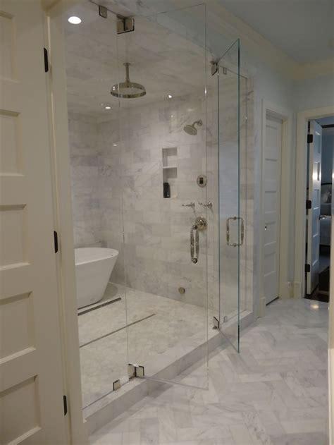 Bathroom Shower Room 25 Best Ideas About Room Bathroom On Pinterest Bathroom Inspiration Tub And Modern Diy