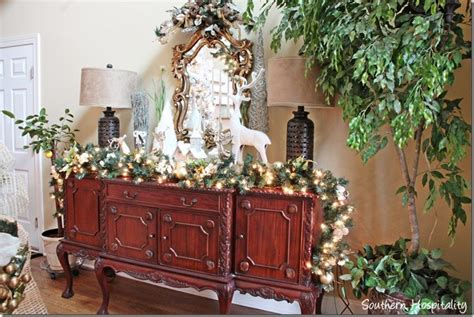 how to decorate your foyer southern living my sister s christmas home 2013 southern hospitality