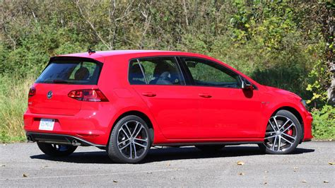 volkswagen sports car 2017 review 2017 volkswagen golf gti sport