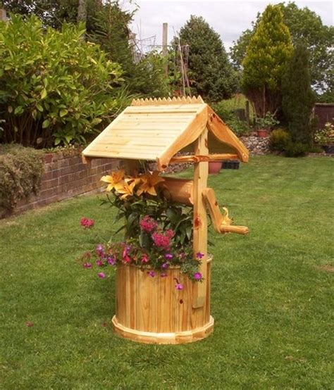 Wishing Well Planters by Wishing Well Planter By Andydachippy Lumberjocks
