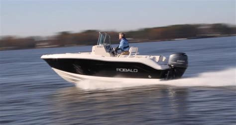 video of fishing boat getting run over playing robalo r180 2014 sunrise marine powered