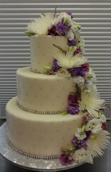 Longorias 40000 Wedding Cake by Papa Haydn Portland Or Wedding Cake