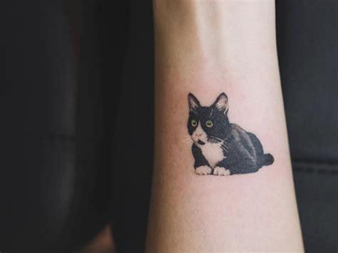 34 tatuajes originales de gatos para los que adoran a los