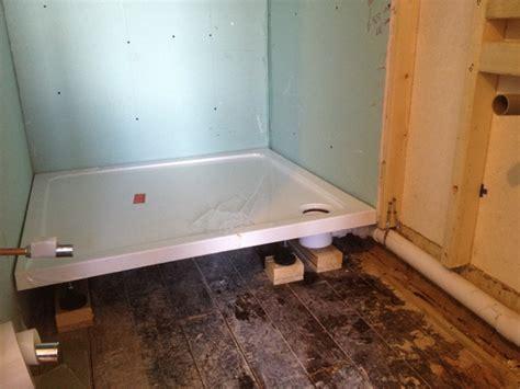 bathroom shower trays receveurs de fuites et infiltrations comment les