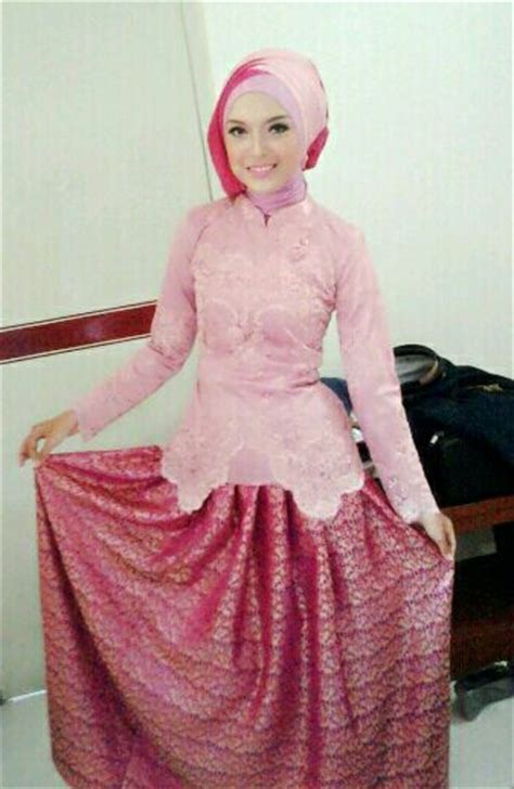Baju Muslim Simple kebaya muslim simple elegan hairstylegalleries