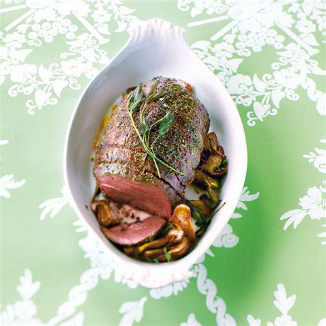 cuisiner une 駱aule de chevreuil que boire avec un e cuissot de chevreuil aux c 232 pes