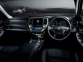 Toyota Crown Interior Toyota Crown 2012 2017 Prices In Pakistan Pictures And