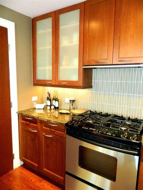lowes kitchen cabinets brands lowes cabinet doors kitchen cabinets reviews menards