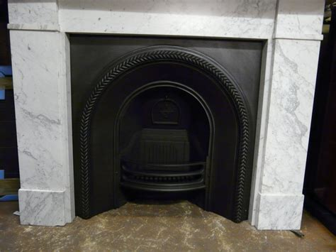 Victorian Arched Fireplace Insert   012AI 1038   Old