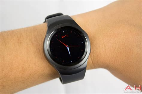 Featured Review: Samsung Gear S2 Smartwatch   Androidheadlines.com