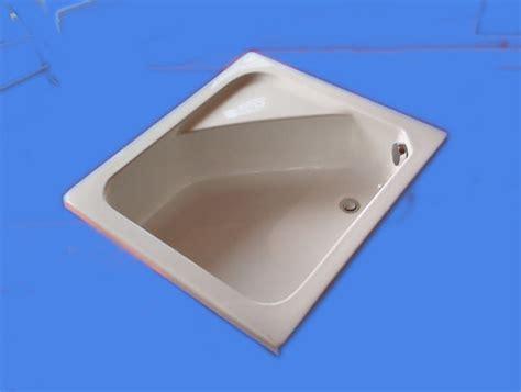 piatto doccia profondo spazio vasca