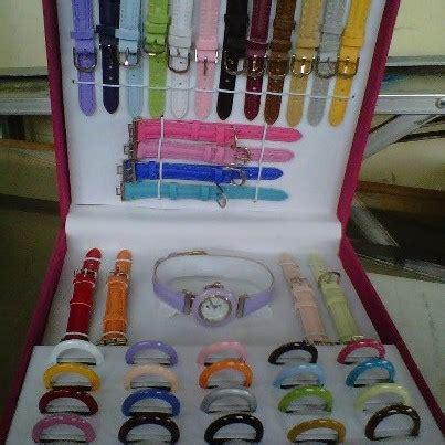 Jam Tangan Wanita Since 1 Set jam tangan wanita terbaru 21 tali nicky utami