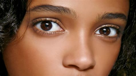 how to make your eye color lighter how to make the whites of your look whiter stylecaster