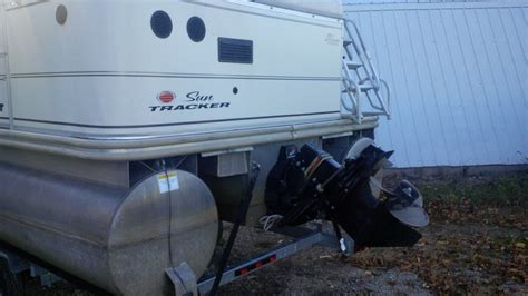 barge lights for sale sun tracker party barge 2004 for sale for 18 500 boats