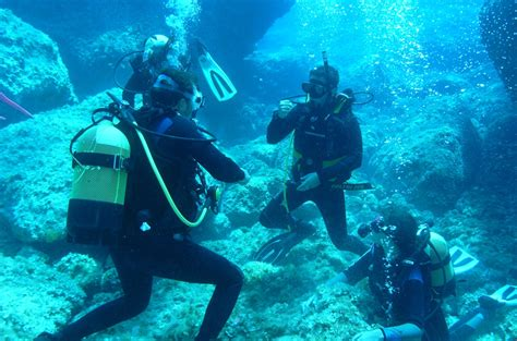 Senter Underwater centro diving immersioni guidate a santa navarrese sas