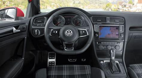 golf gtd interni vw golf gtd 2013 review by car magazine