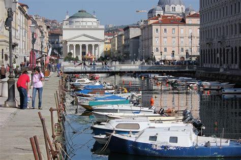 popolare trieste viaggio in friuli venezia giulia a trieste con radio popolare