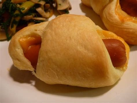 Cook Pigs In A Blanket by Pigs In A Blanket Made Easy